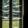 Sophie  Bourzeix -fenêtre aux toiles d'araignée